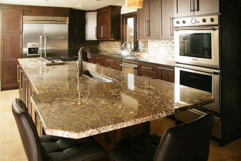 Custom countertop designs in granite for kitchens or bathrooms